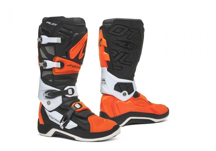 Forma Pilot MX Boots, black-orange-white 1